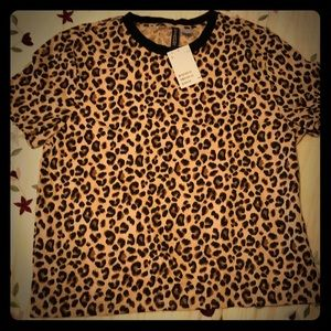 Cute H&M Leopard print shirt with tags